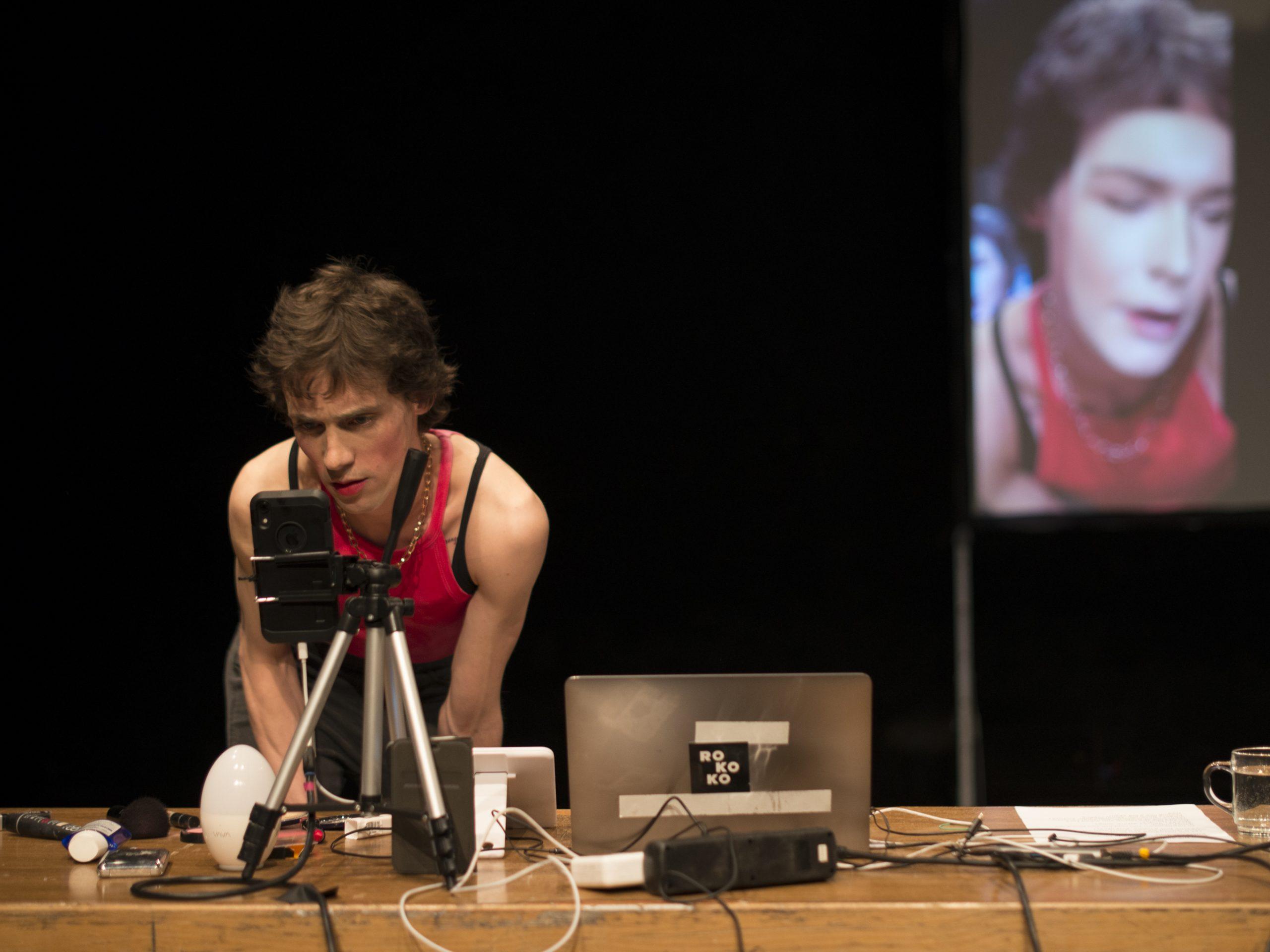 Simon Senn: Live Stream Arielle F